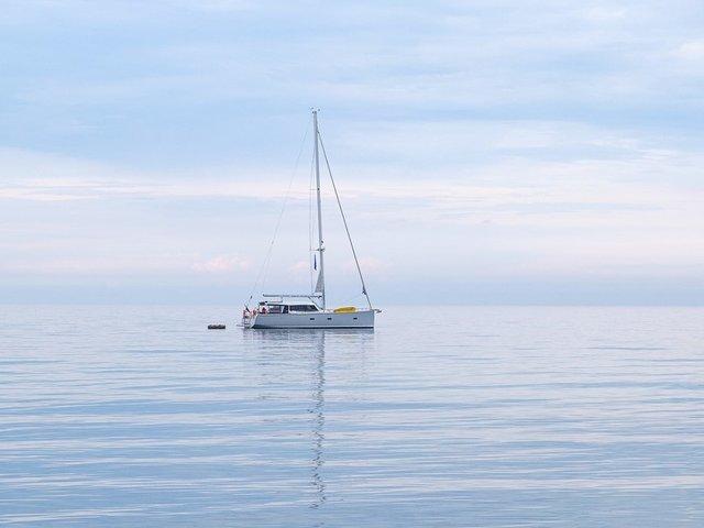 Rent a boat and catamaran