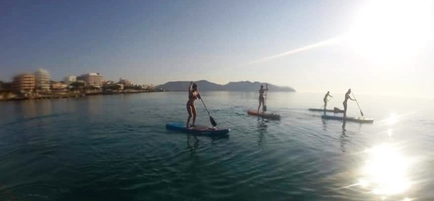 Hacer stand up paddle en mallorca